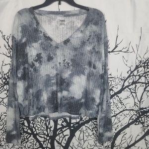 {NWT} PINK | Grey Tie Dye Long Sleeve Cropped Tee